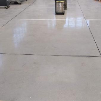 Sigillatura giunti di pavimentazioni